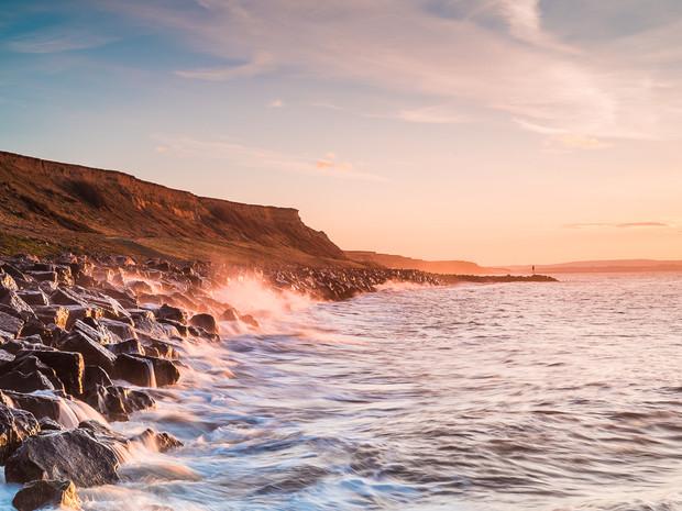 Morning light hitting the rocks along the coast at Barton on Sea, Hampshire (DSC_1026)