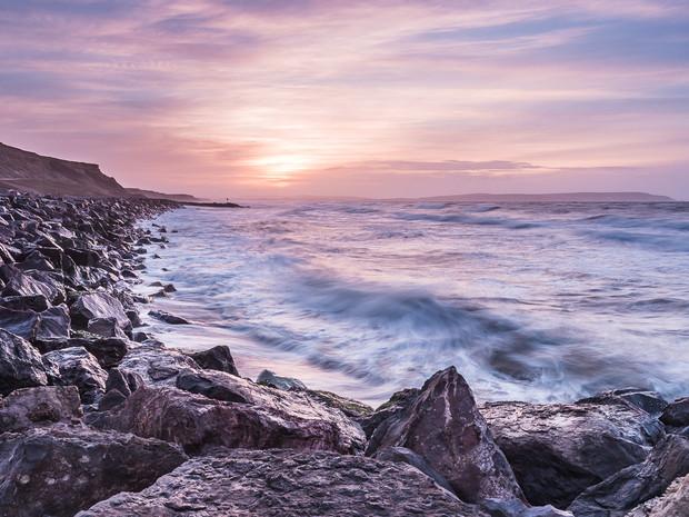 A vibrant sky at sunrise over the coastline of Barton on Sea, Hampshire (SWP_7973)
