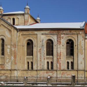 Bytča_-_synagogue.jpg