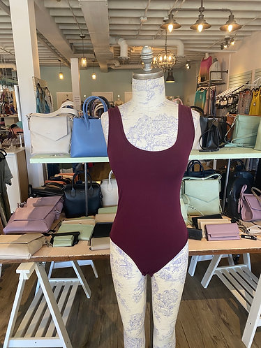 One size bodysuit