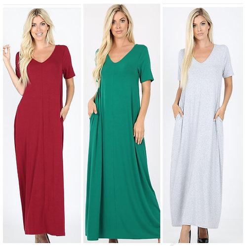 Long maxi dress with pockets