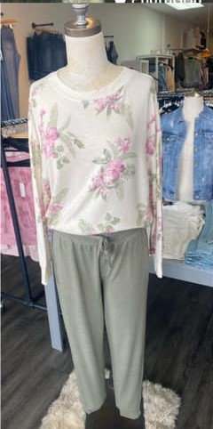 zsupply soft floral top