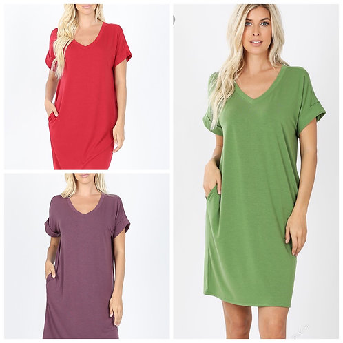 Solid colour v neck dress with pockets