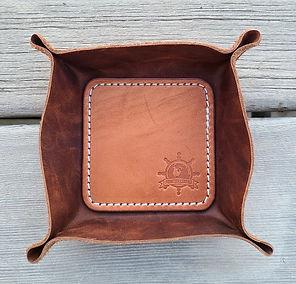 Valet Tray 10 distressed brown.jpg