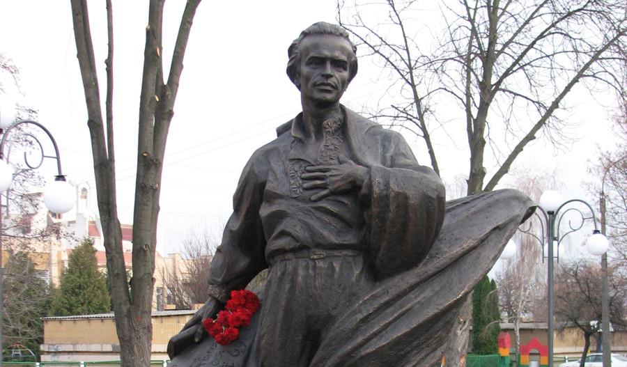 Симоненко поет книга Суми Еллада