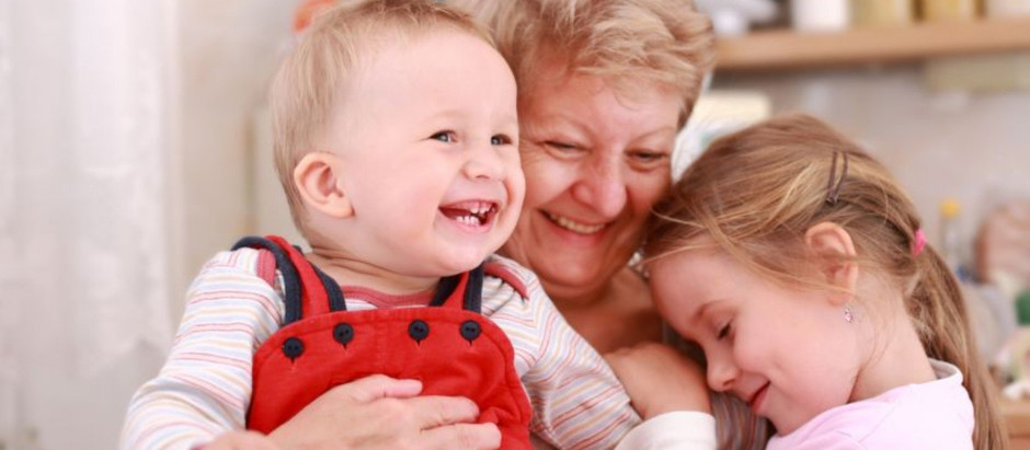 Відвідуйте бабусь і дідусів: час, проведений з онуками, подовжує їм життя