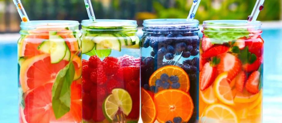 Порятунок від спеки: 20 рецептів літніх освіжаючих лимонадів