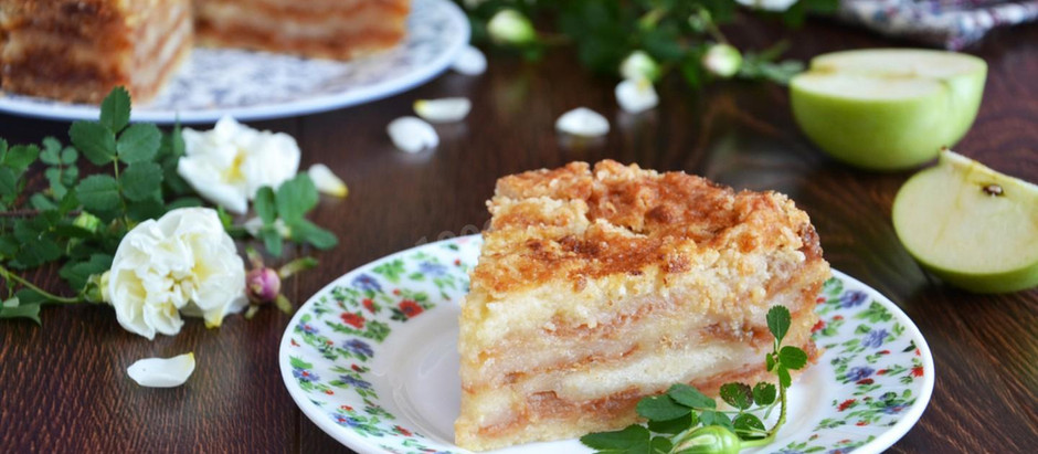 """Болгарський насипний яблучний пиріг """"3 склянки"""""""