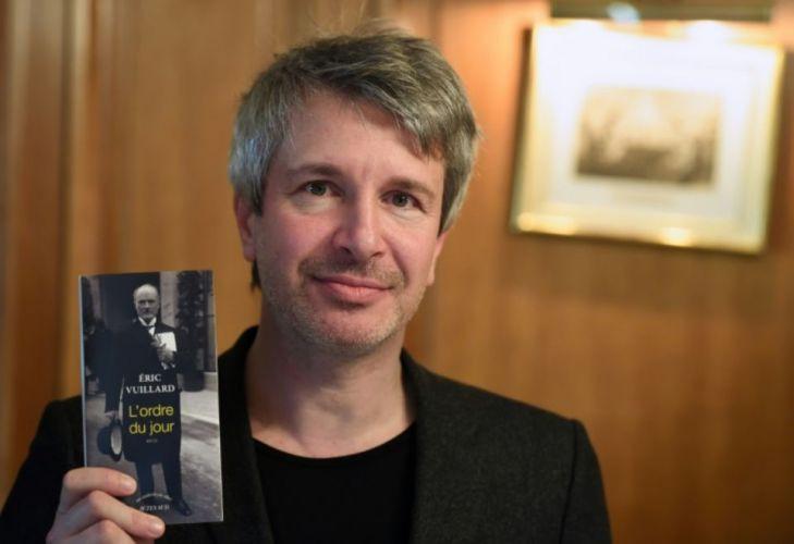 письменник Гонкурівська премія видавництво