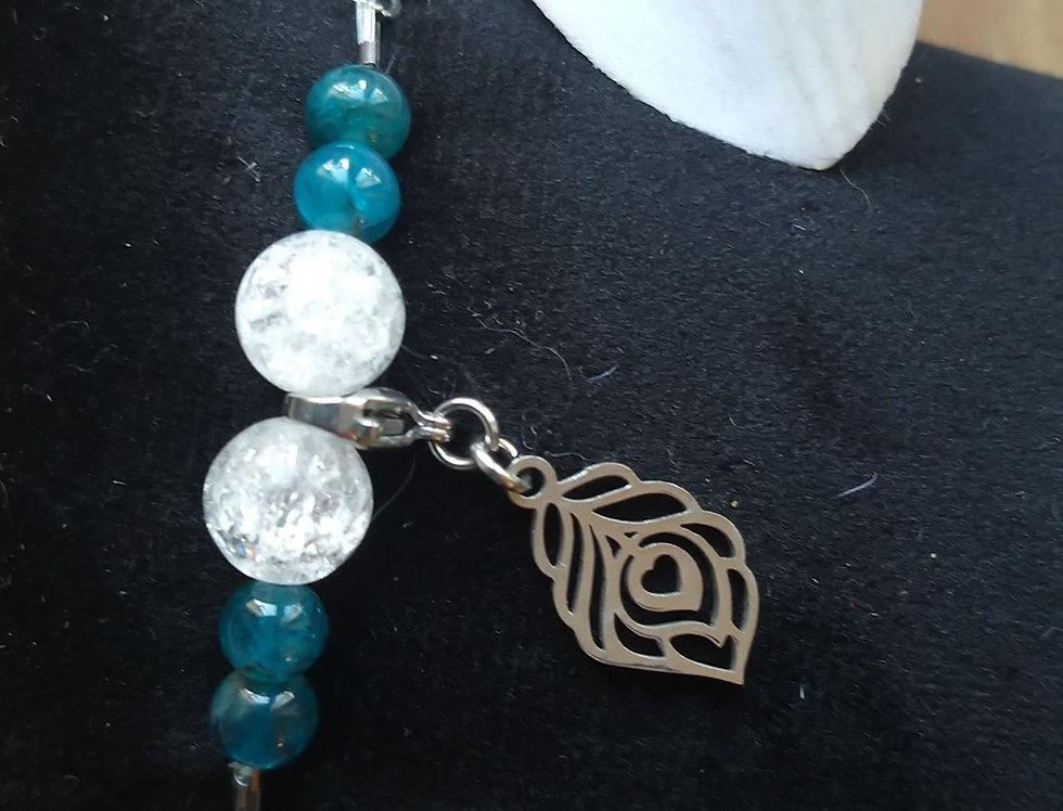 Bracelet cristal de roche et apatite bleue