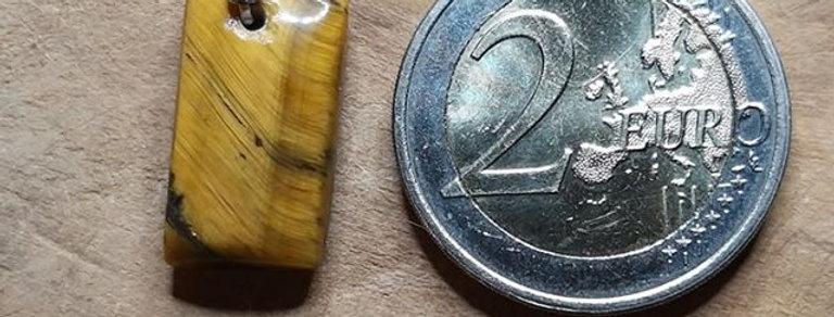 Pendentif oeil de tigre entre 13, 15 et 16 €