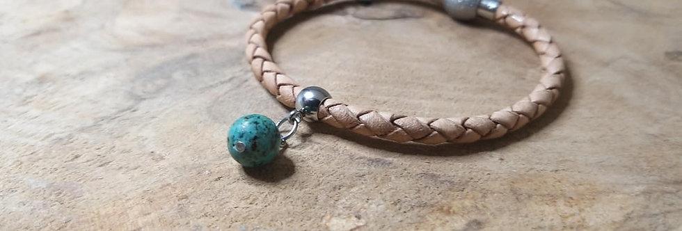 bracelet cuir et perle de 8 mm turquoise