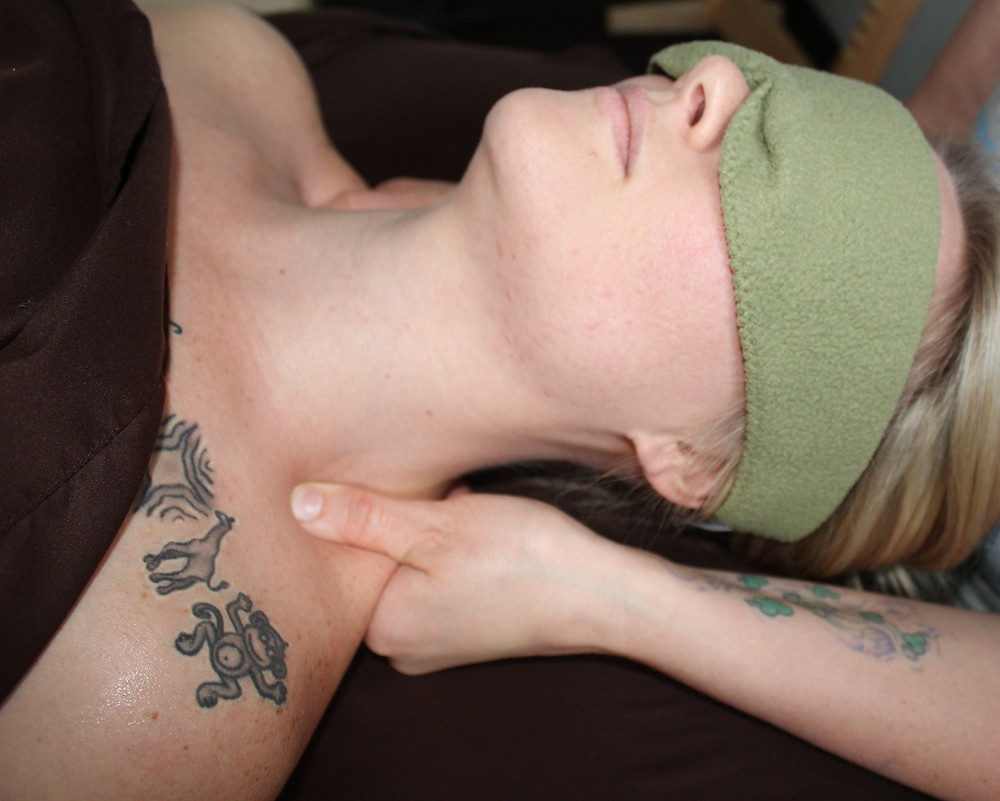 Massage for headaches and neck pain