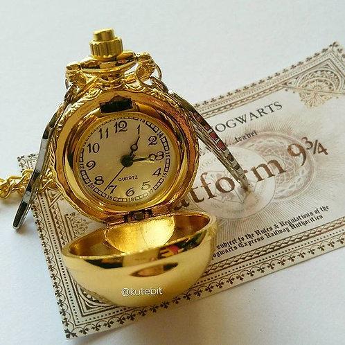 Reloj snitch dorada