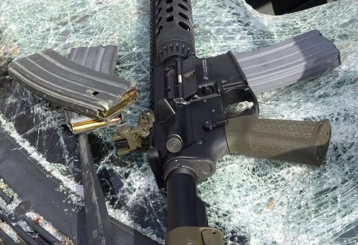 Broń – symbol zła