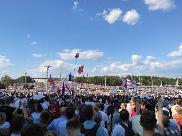 Wojna hybrydowa na Białorusi