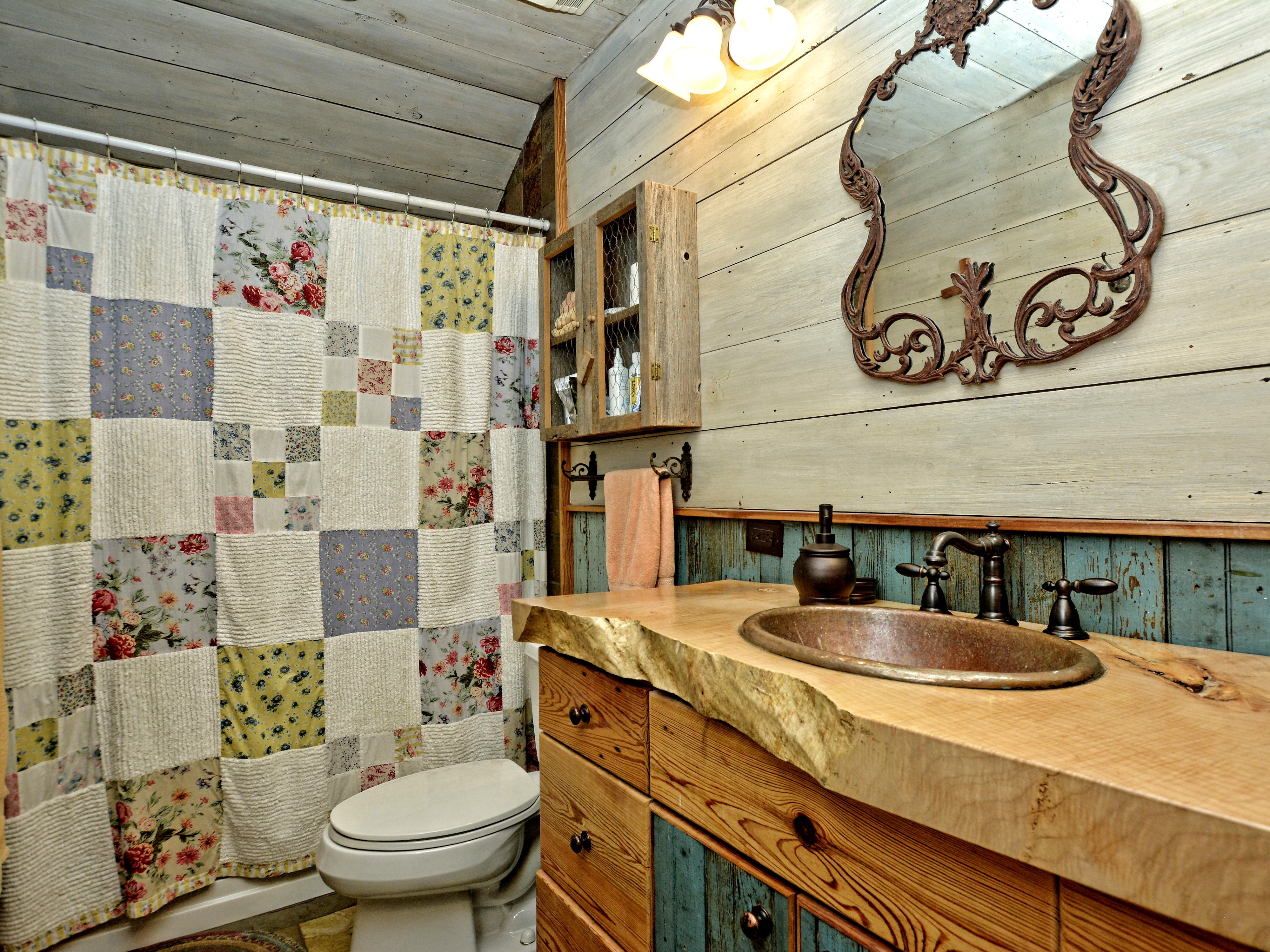 015_Master Bathroom