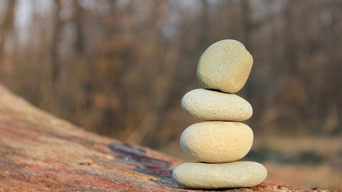 dzen-ravnovesie-kamni_c2.jpg