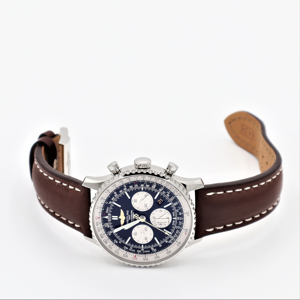 Hire this Breitling Navitimer from WatchVIP