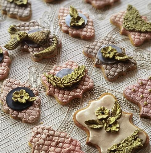 8 Cinnamon & Ginger Organic Tea Biscuits