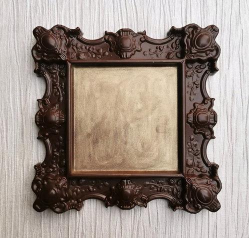 Praline Ornate Milk Chocolate Frame