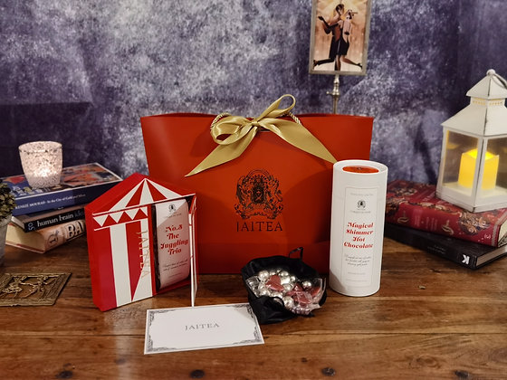 Cirque du Soir Tea & Hot Chocolate Gift Set