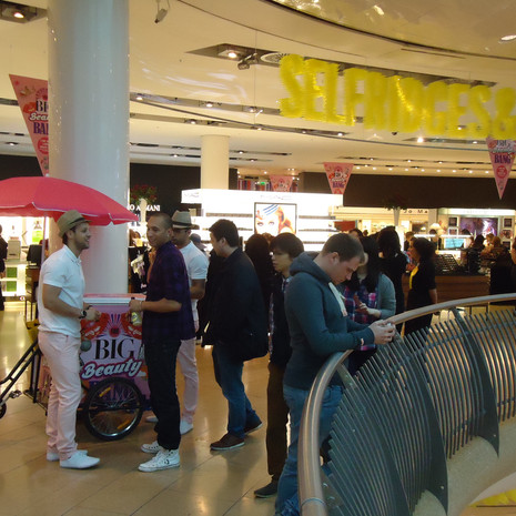 selfridges ice cream tricycle 1.jpg
