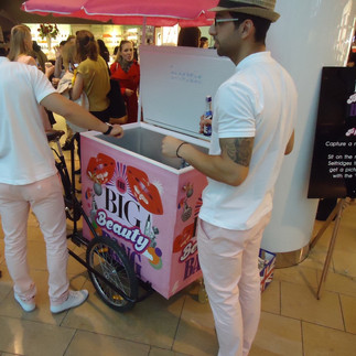 selfridges ice cream tricycle 4.jpg