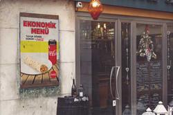 Poster-Mockup-in-Venecia-a3---cc-işler