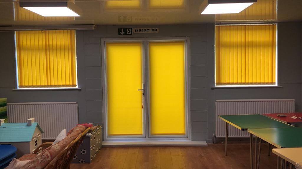 blinds yellow.jpg