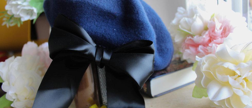 Béret bleu ruban en soie Emilie