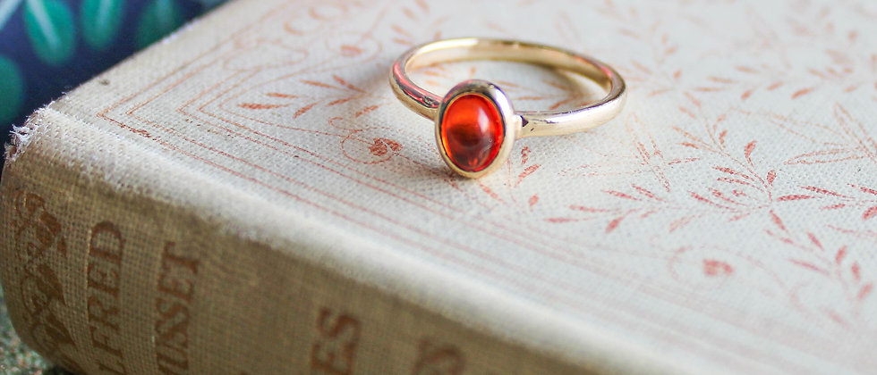 Bague simple pierre couleur ambre