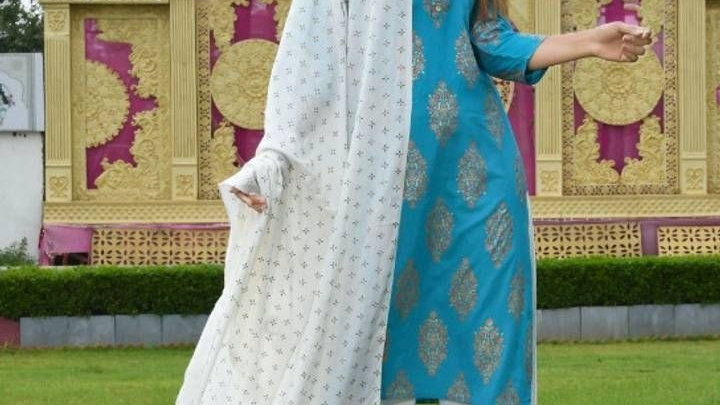 Beautiful Stylish Rayon Kurta with Bottom and Dupatta Set for Women's