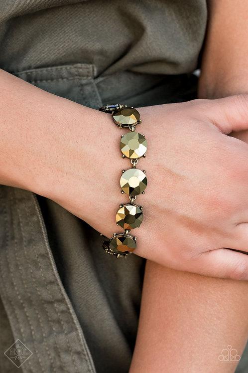 Fabulously Flashy - Brass bracelet