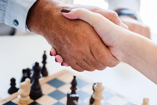 chess-handshake.jpg