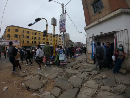 """Between livelihood and health: The """"pandemic of the informals"""" at the Gamarra market in Lima, Peru"""