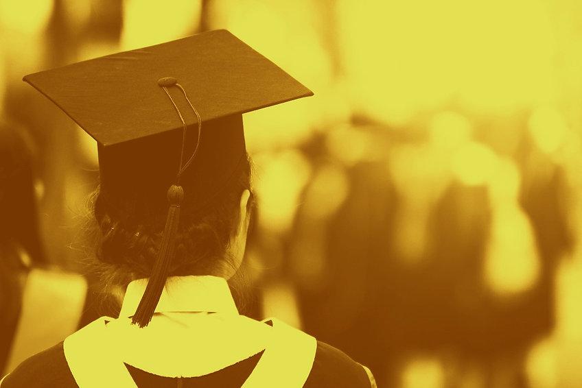 Graduation%2520estudent_edited_edited.jp