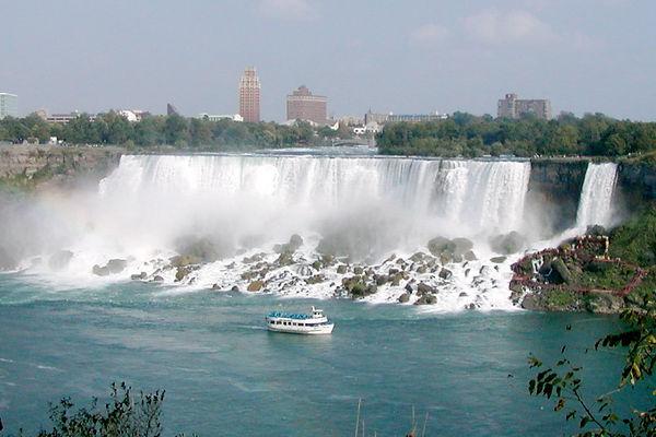 Niagara America Falls Stan Shebs.jpg