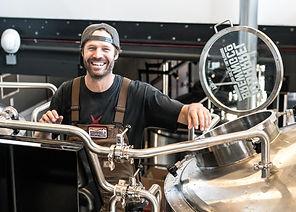 adult-brewery-equipment-1267348.jpg