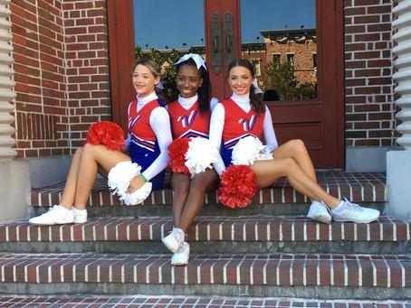 Richland Cheerleaders Perform in Orlando