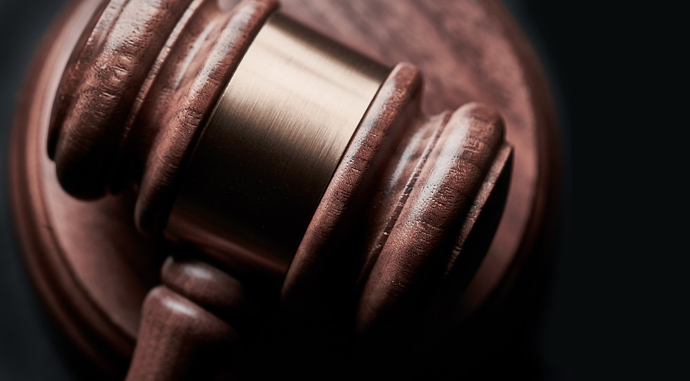 gavel, court
