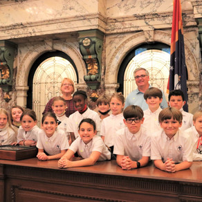 4th grade class of Coast Episcopal School of Long Beach visits the Capitol