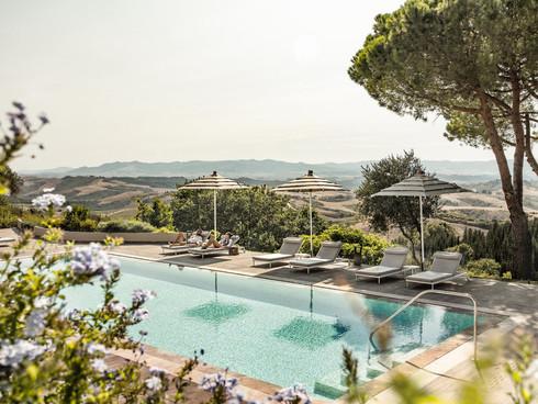 Castelfalfi Pool.jfif