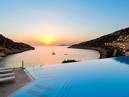 Daios Cove Sonnenuntergang