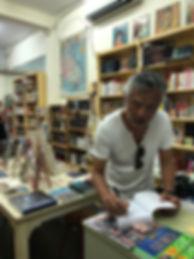 Promenade autour d'Hoan Kiem de Philippe Mary à la Librairie française de Saigon-Vietnam