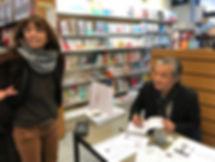 Dédicace chez Lacoste à Mont de Marsan roman Promenade autour d'Hoan Kiem de Philippe Mary