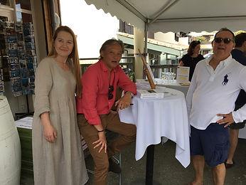 """séance dédicace au Cap-Ferret du roman """"Promenade autour d'Hoan Kiem"""" de Philippe Mary"""