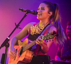 Maca Torres | Show en vivo