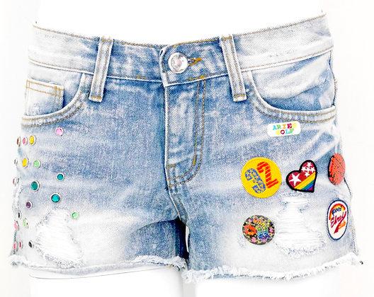 Button Badge Denim Shorts