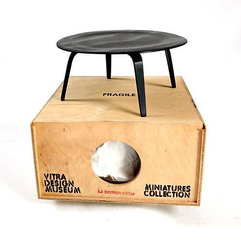 Eames Round Table Miniature
